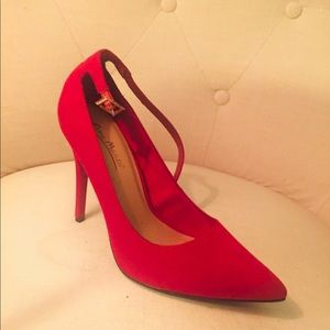 Anne Michelle Red Heels Sz 7.5